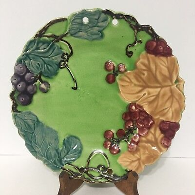 Vintage Green  Majolica Plate With Grapes & Grape Leaves 9 In.