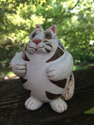 Vintage VICKI THOMAS Signed Brown & White Gourd FAT CAT by Enesco