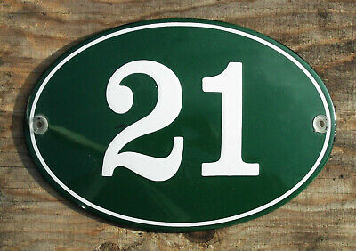 CLASSIC ENAMEL HOUSE NUMBER 21 SIGN. CREAM No.21 ON A GREEN BACKGROUND. 16x11cm.