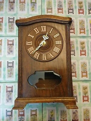 Mantle Clock vintage Oak Case Fitted With Quartz Movement.