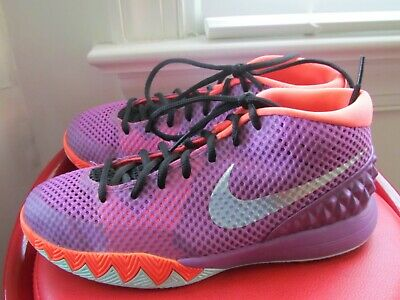 the best attitude 99039 81c87 Nike Kyrie 1 Leather Boy s Basketball Shoes Size 6.5Y