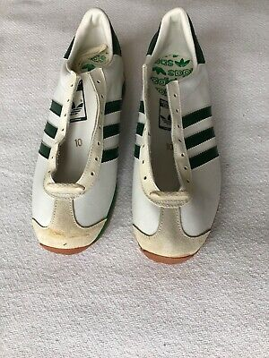 reputable site 7a757 1e43d Vintage Adidas Country Shoes Leather White Green M10 Rare