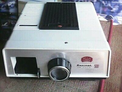 BRAUN Slide Projector , Made in Germany 1965 excellent condition