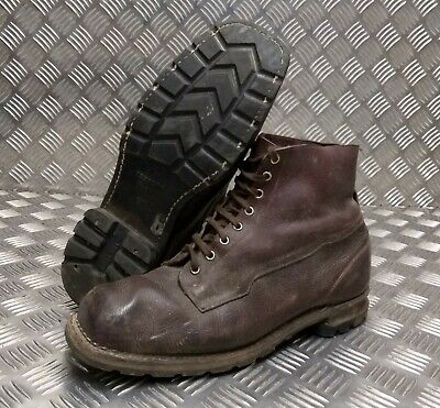 Genuine Vintage Leather WWII 1942 Brown 8 Hole Leather Sole Boots Eur 46