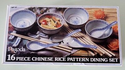 Vintage Pagoda 16 Piece Chinese Rice Pattern  Set By Tienshan 1980's Boxed.