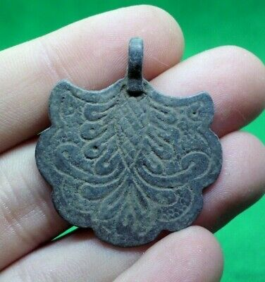 Ancient Celtic Druids Bronze  Amulet Pendant With Fine Details - 200/100 Bc