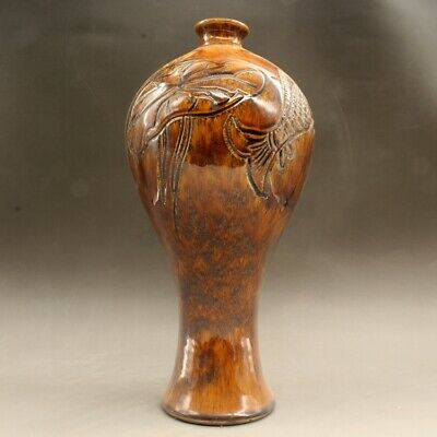 Chinese old hand-made yellow glaze sculpture vase