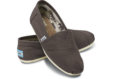 3b31f90a8c5 TOMS WOMENS CLASSIC Grey Chambray Embroidered Bugs Size 9 -  65.00 ...