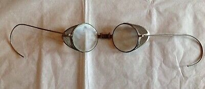 212889a444c Vintage 1930 s-1940 s Willson Goggles Orig Metal Case Mesh Shields Flexible  Ears
