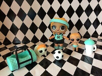 Lol Surprise Doll Series 2 - Kicks Family Bundle, Big Tot, Lil Sister, Pet Rolls