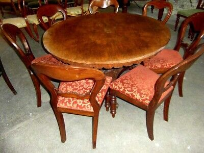 Victorian Dining Table And Seven Dining Chairs
