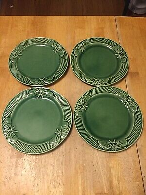 "BORDALLO PINHEIRO Portugal RABBIT GREEN pattern Salad Plate  8-3/8"" crazed"