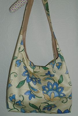 Pretty Small Shoulder Hobo/Craft Bag.   Knitting/Sewing/Cross Stitch Etc.