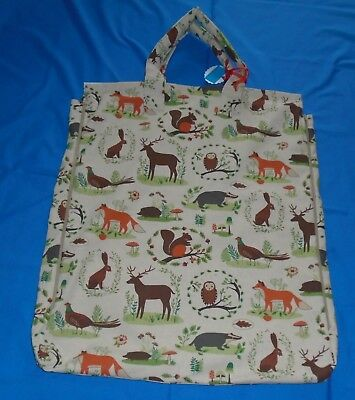 "Shoulder Pillow Bag For 22"" Pillow .Padded Handles For Comfort.  Forest Animals"
