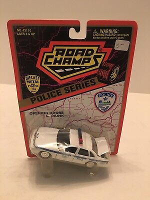 Road Champs Police Series Quebec Canada 1/43 Scale Made in 1995