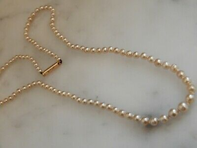 A Stunning Art Deco 9 Ct Gold Seed Pearl Necklace