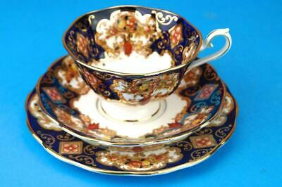 Beautiful ROYAL ALBERT Imari Trio HEIRLOOM Footed Cup Saucer & Plate 1st Quality