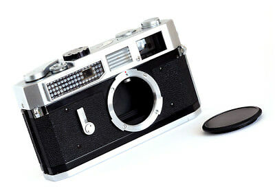 CANON 7 RANGEFINDER - EARLY 1960s - LOVELY!