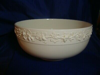 Large Antique Wedgwood Queensware Cream On Cream Footed Serving Bowl