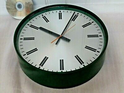 80s SMITHS SCHOOL WALL CLOCK, Vintage MILITARY GREEN , Retro AA BATTERY QUARTZ