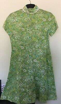 Original Retro Vintage Flower Power Dress - Green Flower Design Size 16/18
