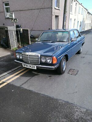 1982 mercedes recently restored to a fantastic standard