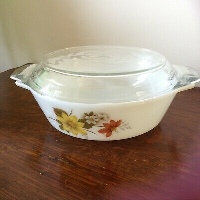 JAJ  Pyrex Autumn Glory Design Casserole Dish With Lid. 7.5 inch Diam.