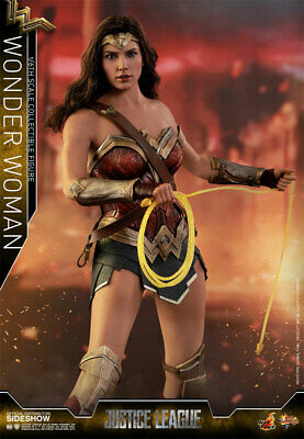 Hot Toys DC Comics WONDER WOMAN Justice League Version 1/6th Scale Figure MMS450