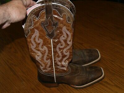 3c4b465550b NEW~WOMENS~ARIAT~TALL~WESTERN~BOOTS~SIZE 9 B~LEATHER~COWBOY~BROWN~SQUARE  TOE~EUC