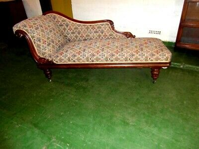 Victorian Mahogany Chaise Longue / Day Bed