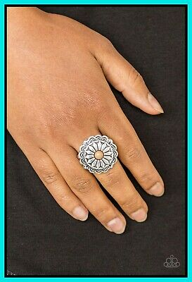 Paparazzi Jewelry floral filigree white moonstone flex Ring nwt
