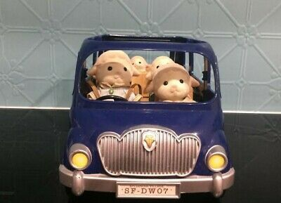Sylvanian Family Bluebell Car with Hard to Find Rare Sheep Family