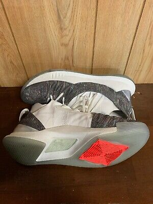 7650f78145d9 Under Armour Curry 5 Welcome Home White Size 11.5 3020657-107 Steph  Warriors MVP