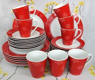 Superb red snowflake Christmas / Winter Dinner Service/Set for 8.  Plates mugs