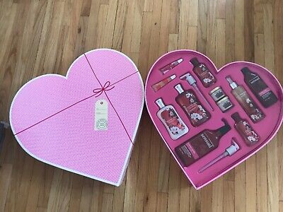 Bath And Body Works 💗 Gift Set Japenese Cherry Blossom Lotion And spray + more