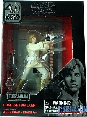 New Luke Skywalker Titanium Series #03 STAR WARS. Slight crease on top of card