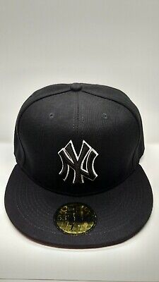 399c44d9dc4 NY Yankees New Era 59FIFTY Baseball Hat Fitted Black White Cap New York MLB