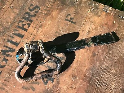 Vintage Twisted Ring Iron Gate Latch Barn Door 20cm Long Lovely Patina Reclaimed