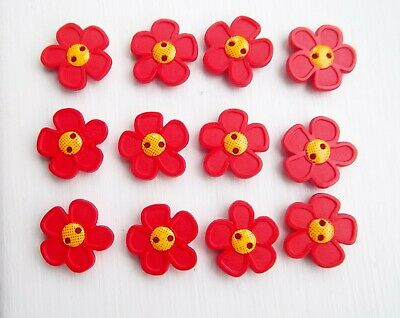 12 x red flowers shaped buttons nature childrens Dill 280866.