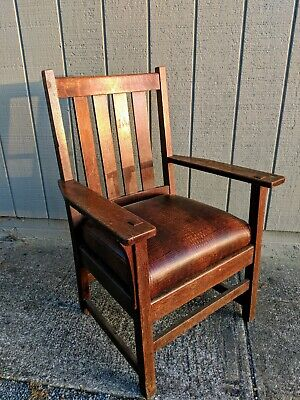 Antique c.1907 Stickley Furniture Quarter Sawn Oak Chair Art Crafts Mission Styl