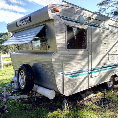 Vintage Classic Collector Caravan 1967 -  Rare 6 berth. Original & clean