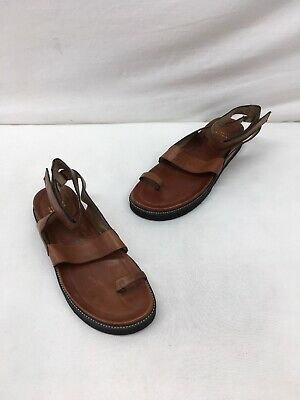 175975107 Stuart Weitzman Brown Leather Ankle Strap Flat Sandals Size 10M C1395 OOS