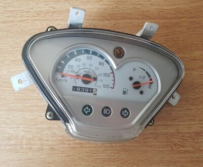 Ksr  Moto Vertigo 125 2015. Clocks Speedo Instruments Clocks Gauges
