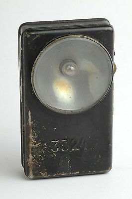 Antike 3324 Taschenlampe. Vintage pocket light flashligh.