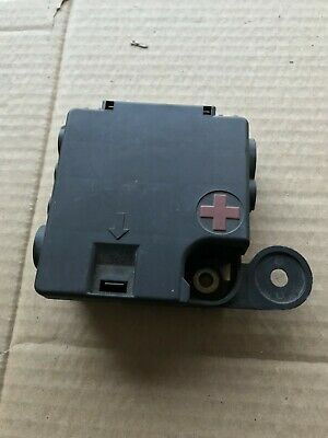 AUDI A4 B8 8K Power Cable Distribution Fuse Box Top Lid ... A Fuse Box Cover on
