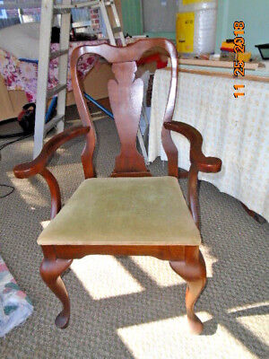Tennessee ,Elizabeth-town wooden arm chair with cushion seat from 1948' vintage*