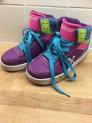 Girls Shoes Size 2 Heelys Sidewalk Sports Grey Pink Skates Trainers 2 Wheels