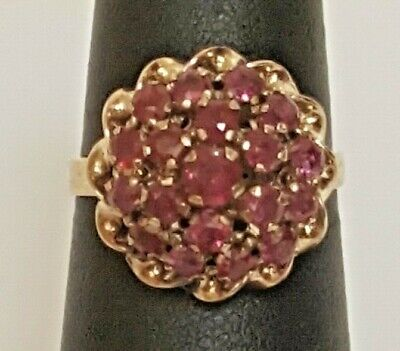 (CT1) Lady's 14K Yellow Gold Ring w/ Ruby Stone - Size 6.5