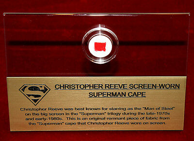 Screen-Used Superman Capa Piezas! Real Artefactos en Estuche, Marco, Placa ,