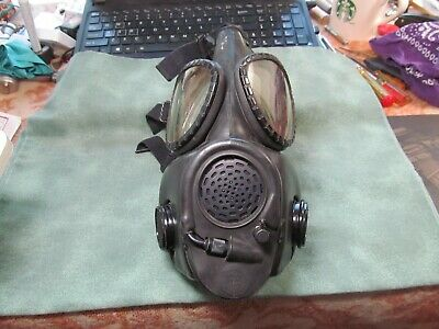 Vintage US Military MSA-11-73 USM Black Chemical Biological Gas Mask - 2E27